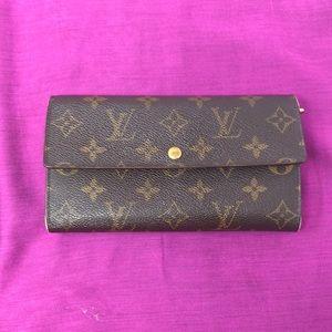 Louis Vuitton purse wallet geniune